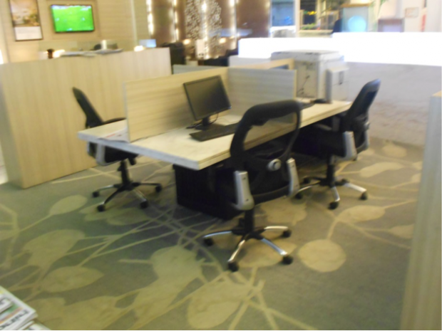 del business seating