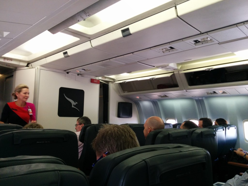 qantas domestic business class seat